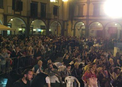 Pubblico Piazza dei Leoni